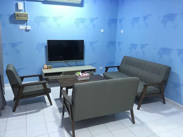 New Renovated House 1km To Jonker - Melaka - Adosado