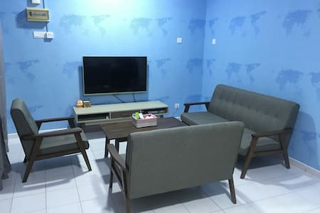 New Renovated House 1km To Jonker - Melaka - Maison de ville