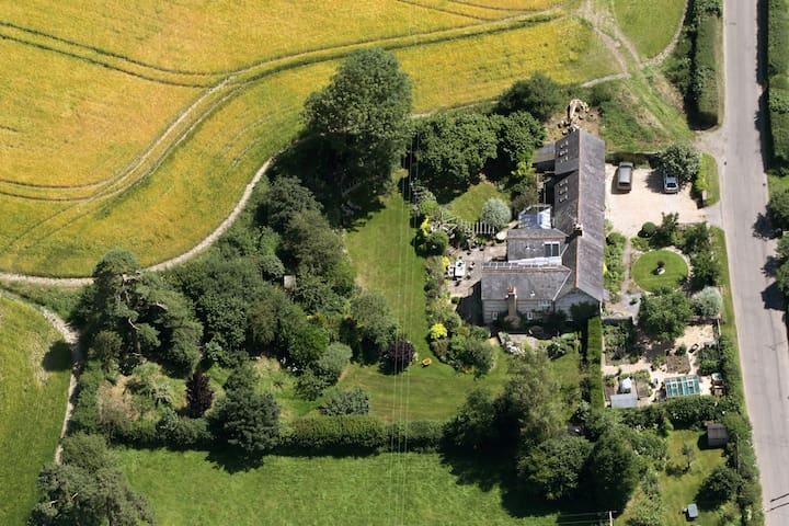 Talmage House - Wiltshire - Bed & Breakfast