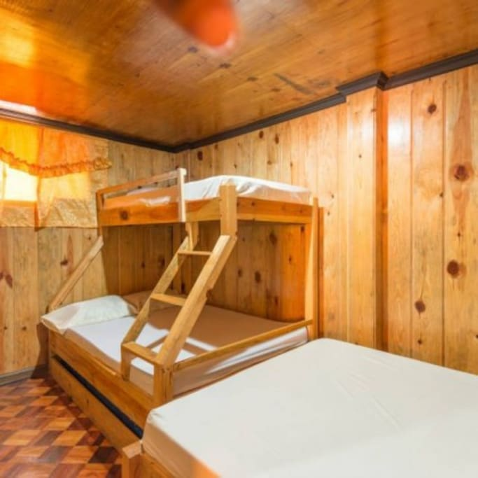 Bedroom 2 with queen bed, bunk bed has double lower and upper single mattress, roll away single bed. Sleeps 6.