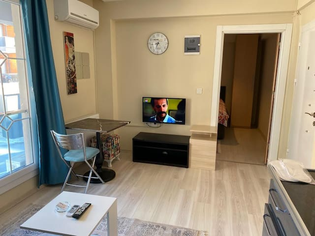 HOME LIFE Residence Hotel   *7/24 OPEN* (D:504)