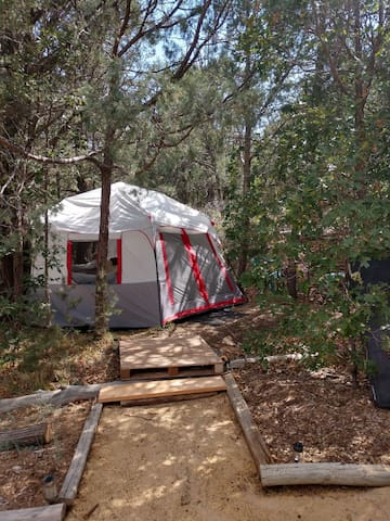 Maraposa Gardens Bunny Tent, 420 friendly