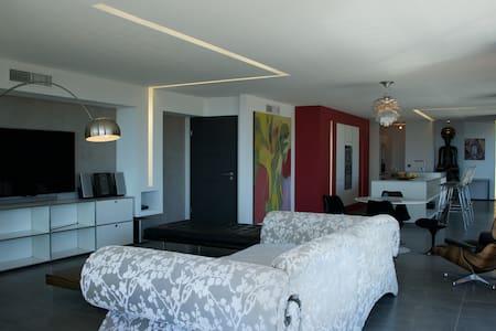 Suite propriétaire  étage 120m2 - Saint-Raphaël