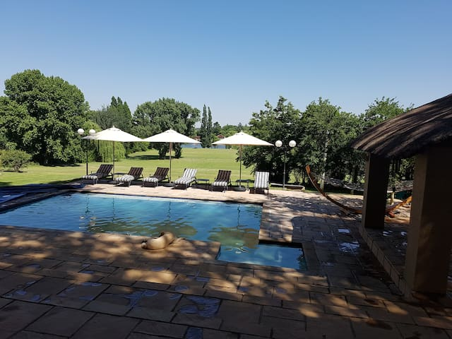 Luxury Waterfront Villa on the Vaal River