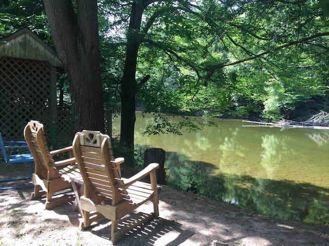 The Vortex cabin -  Loyalsock creek