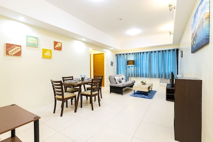 Comfy&Spacious Brand New 1-Bed in BGC w/ WiFi (B2)
