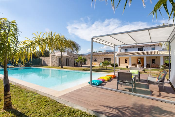 Newly villa with pool in the center of Mallorca
