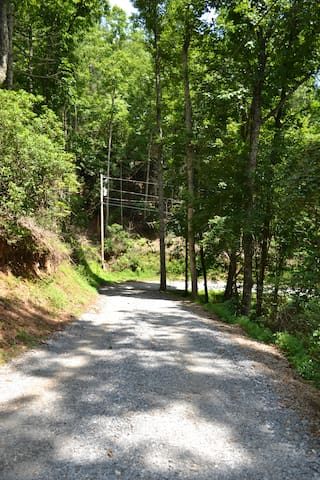The Ridge Retreat