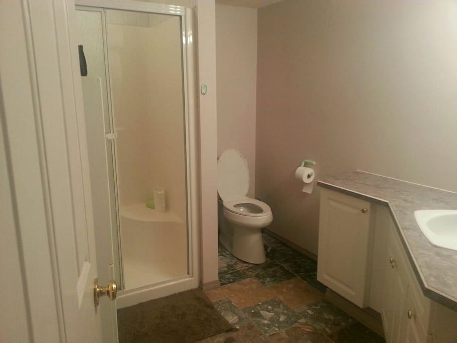 Guest Bathroom, may be shared if 2nd room is also booked