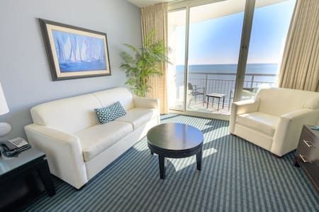 ⭐Direct Oceanfront Modern Furnishings, Great Location In Myrtle Beach