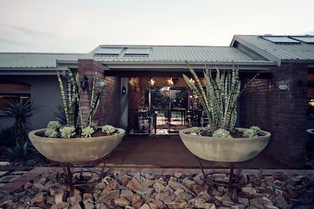 Klip en Kristal Guesthouse - Double or Twin Beds