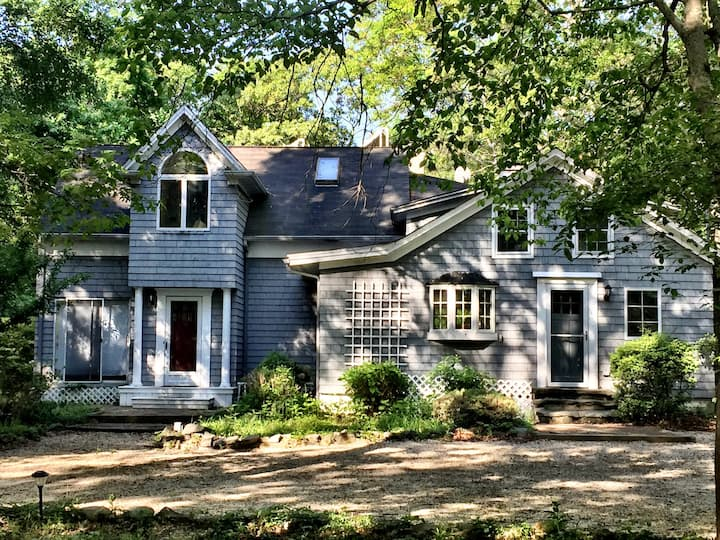 Large, Comfortable Colonial