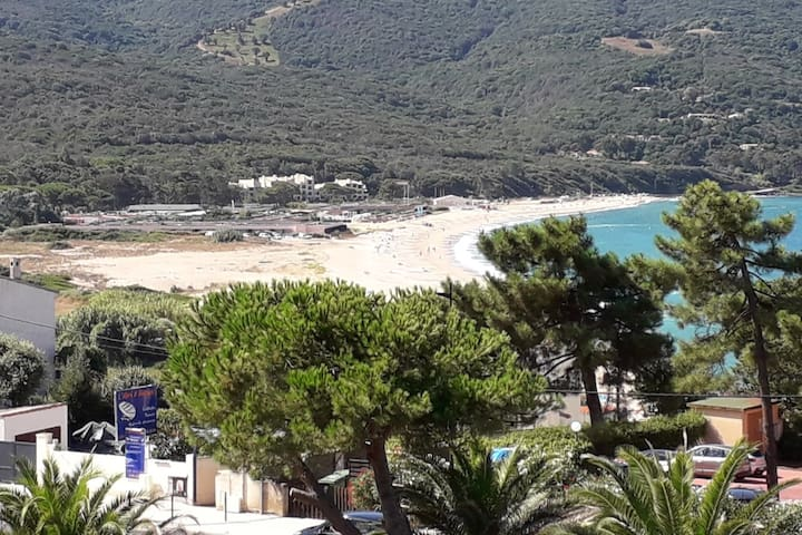 Vue IMPRENABLE ! Grande plage à 100m ! !Au calme!