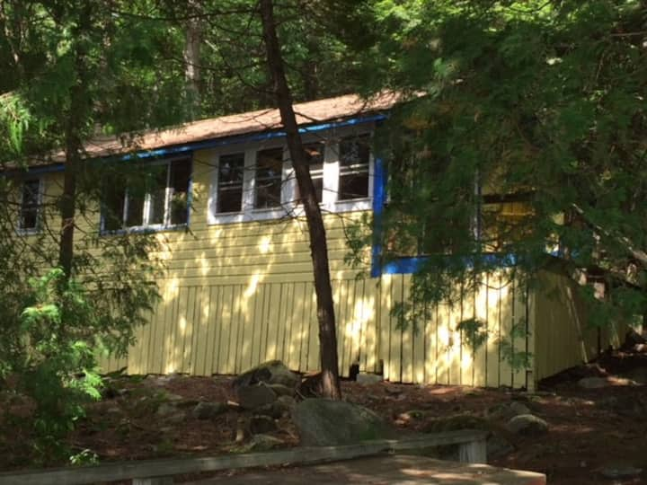 Andy's Cabin - on Echo Lake