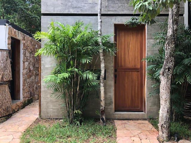 Chemuyil Tulum La Casa de María Pájaro Tucán