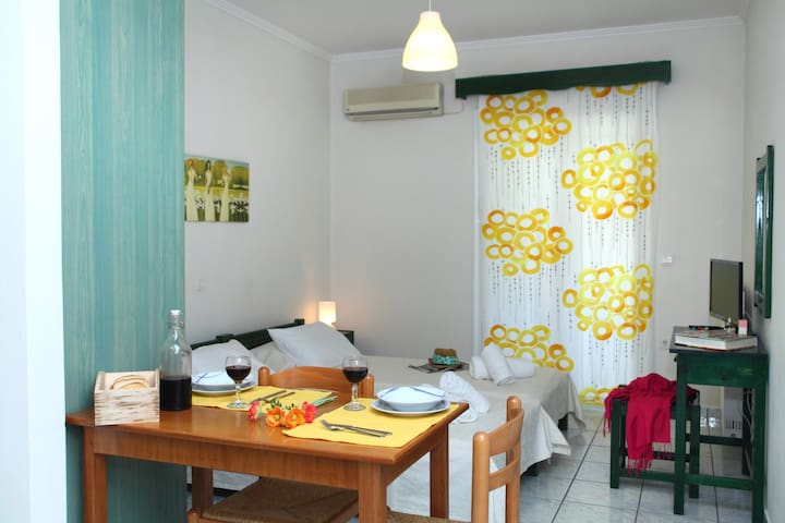 Arodo studio in the town of Lefkada - Lefkada - Apartemen
