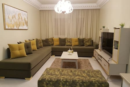 Luxury Apartment, 2 Bed, Newly Renovated, Aida