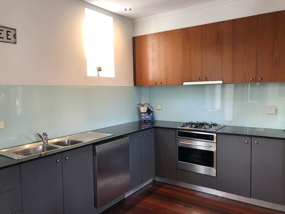 Fully functional kitchen with dishwasher, kitchen appliances and fridge
