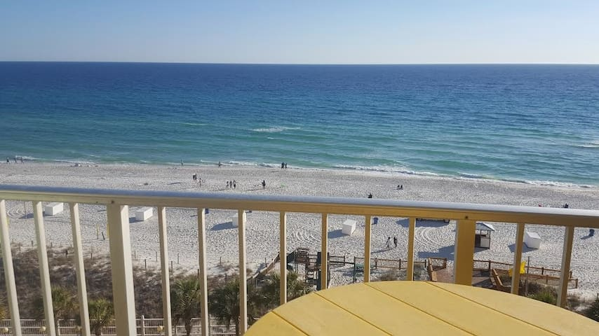 ***BEACHFRONT CONDO*** - Panama City Beach - Selveierleilighet