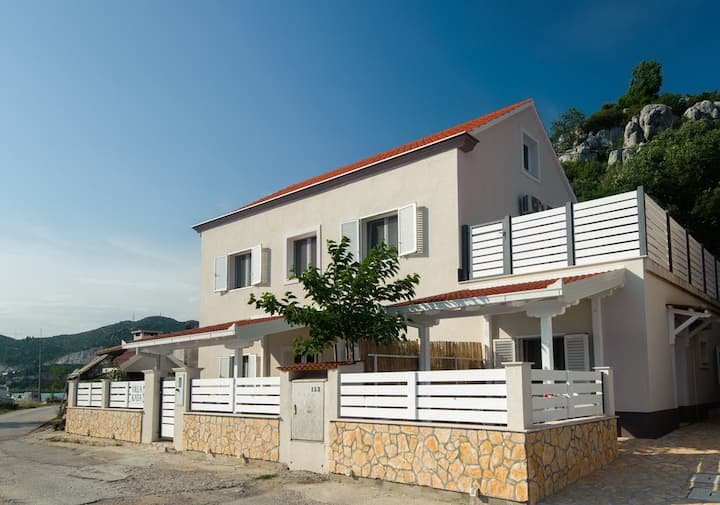 Villa Kata - One Bedroom Apartment with Sea View