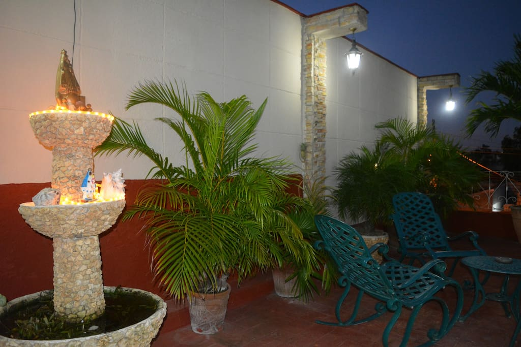 Relax in the charming and quiet terrace. Enjoy a glass of wine to end the evening - very relaxing!