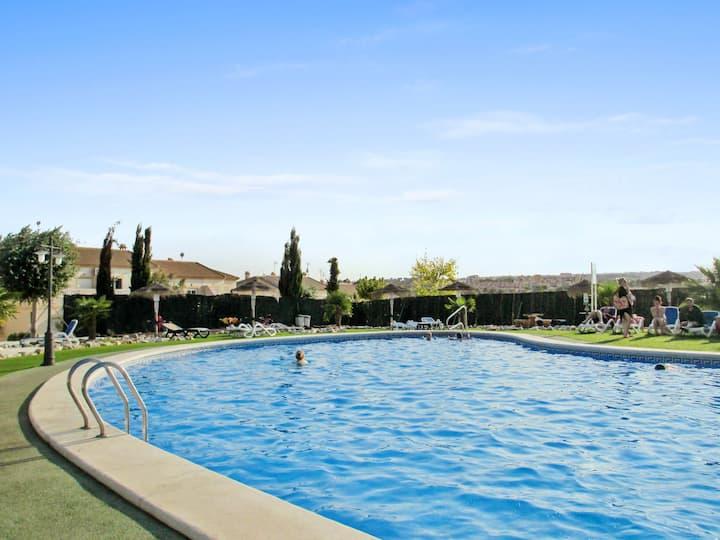 Appartement de 2 chambres à Alicante, avec magnifique vue sur la montagne, piscine partagée et terrasse - à 5 km de la plage