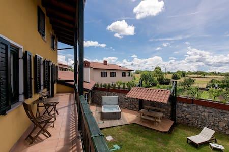 Vila Friuli Karst - Komen