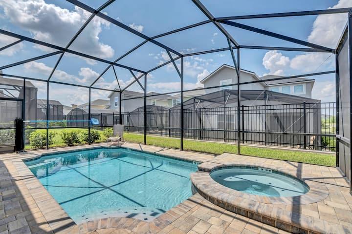 Beautiful Villa withPrivate  Pool, FREE waterpark