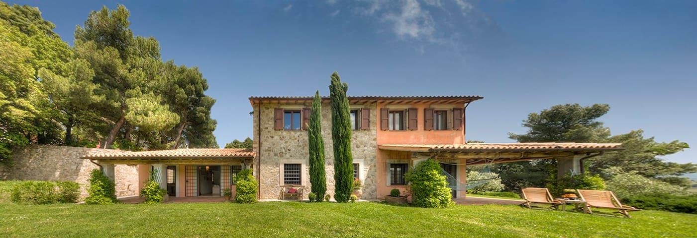 Casa Modelli in Todi, Villa with swimming pool