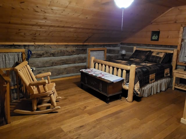 Upstairs queen size bed.
