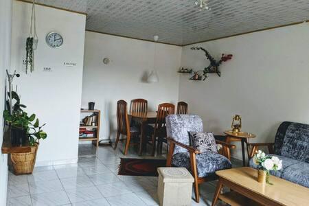 Appartement élégant, minimal & petit déj' gratuit!