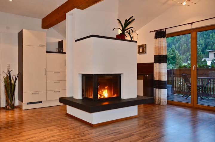 Appartement with perfect mountain view and chimney
