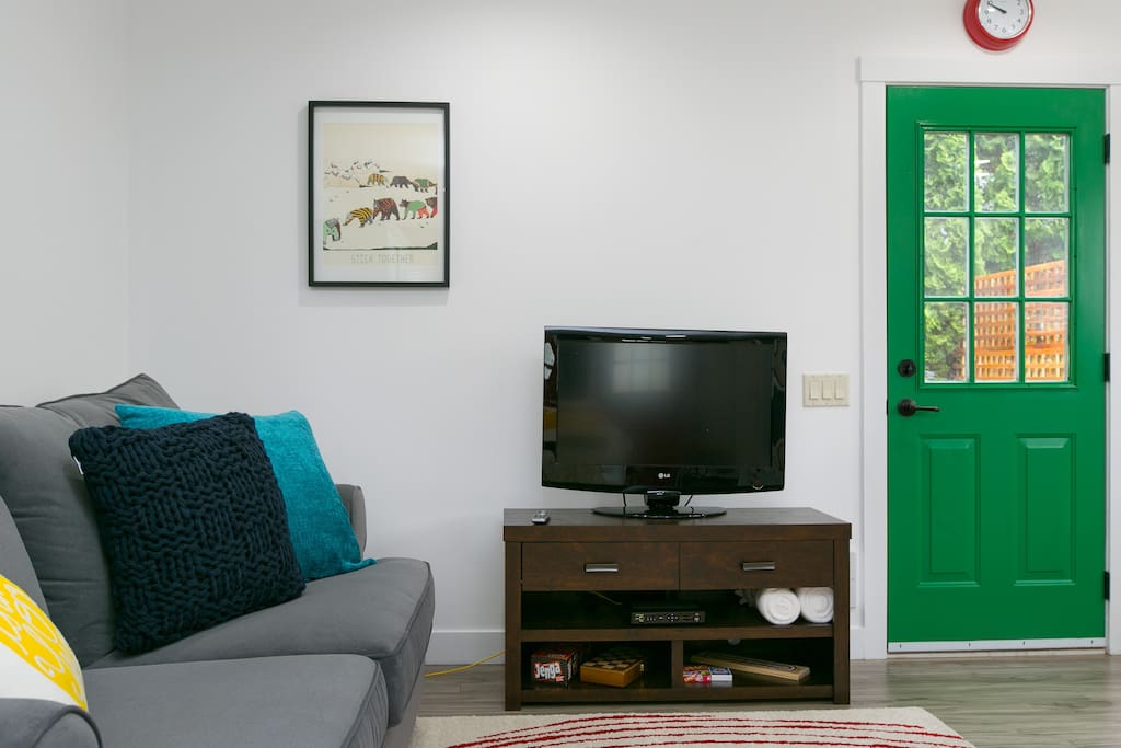 Enjoy sitting back and getting cozy while watching Telus Optik HDTV!