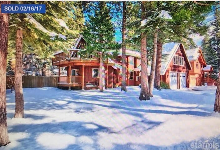 Dundee Forest Retreat - South Lake Tahoe - House