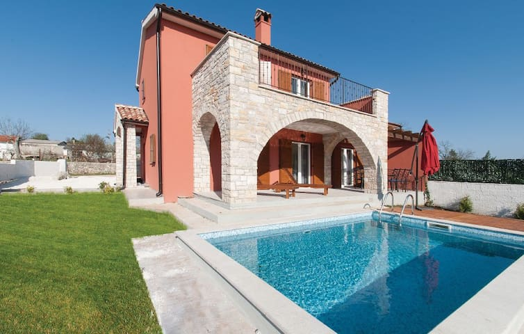 Beatiful Newly built Villa, Istria - Kontešići - วิลล่า