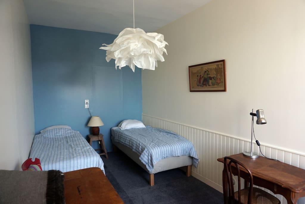 Chambre 2 (2 lits de 80x200)
