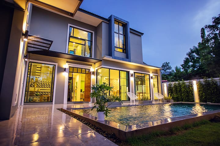 Chiangmai ·Suying Pool villas (Free business car)