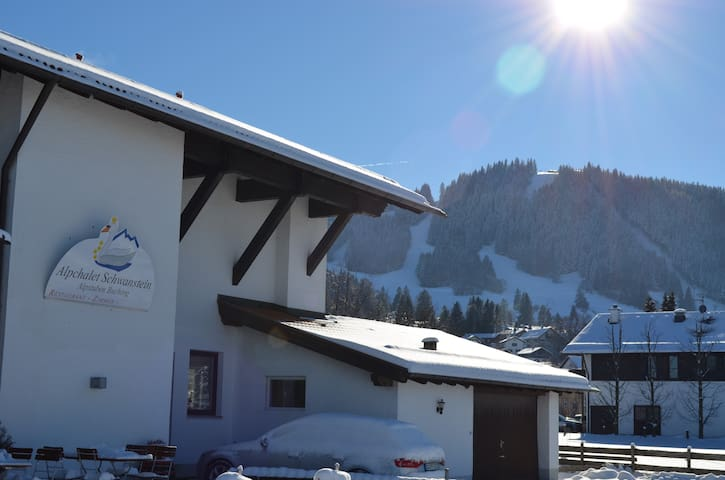 Alpchalet Schwanstein - Halblech - Talo