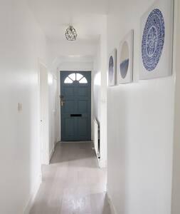 *Fabulous, modern and clean flat* LOVE EDINBURGH!