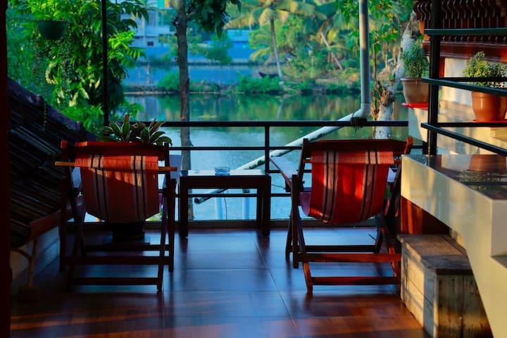 Backwater Facing Home -Upstairs Room 2