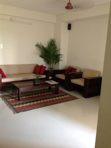 Spacious airy three bedroom flat - Thiruvananthapuram - Apartamento