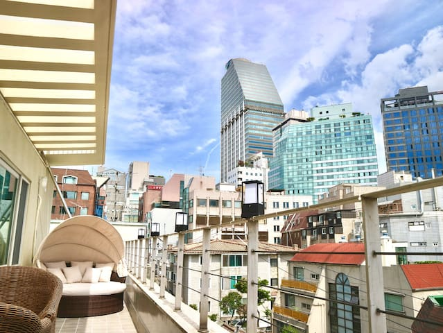 UrbanExit <Penthouse with terrace > Yeoksam stn 3m