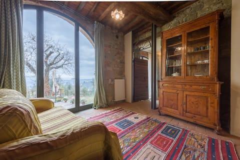 Archi private apartment in villa jacuzzi & pool
