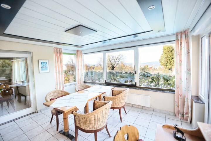 Hotel Gasthaus Hirschen, (Gaienhofen-Horn), LHS05401, Ferienwohnung Radolfzell, 100 qm, 2 separate Schlafzimmer