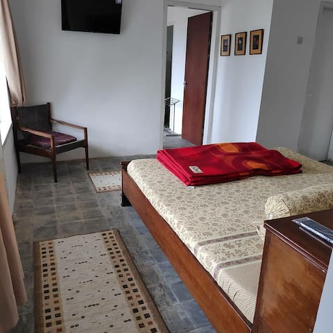 Bedroom 2 (for 3 persons with 1 extra bed)