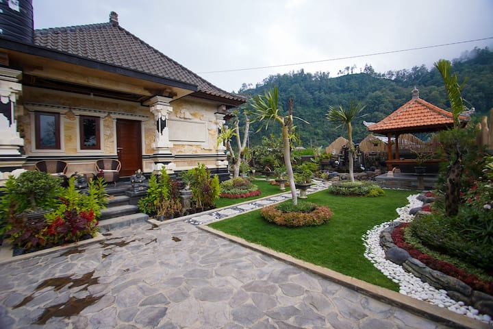 Three Bedroom House - Samsara by The Lake