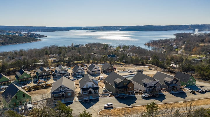 NEW LISTING! Sanctuary at Table Rock