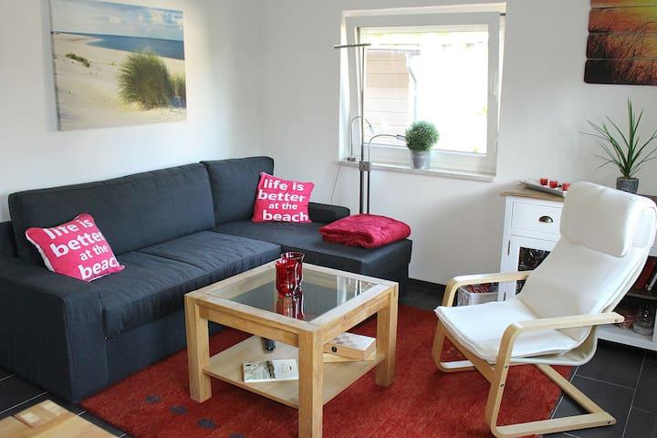 Beachhouse mit Wlan für 4 Personen neu saniert #85 - Lübeck - Huis