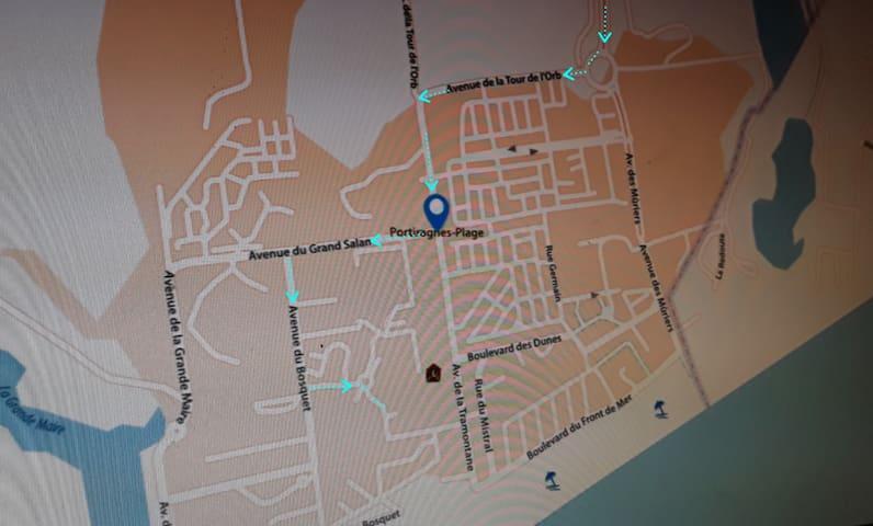 plan fléché de l'arrivée à Portiragnes-Plage via Portiragnes-village