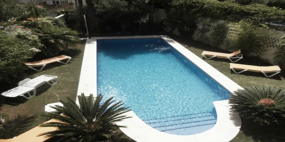 Luxury 4 bed en-suite villa with private pool